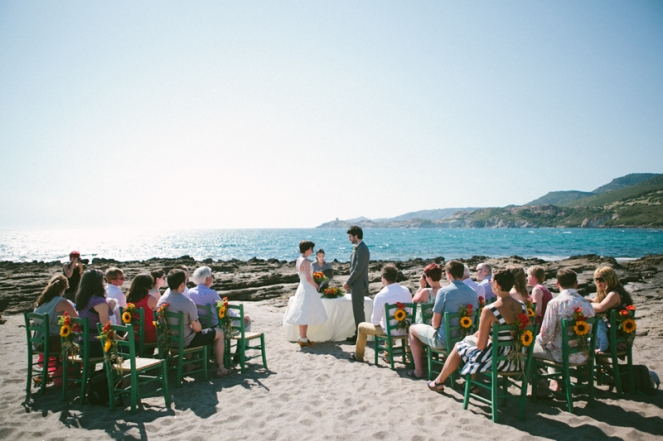 Symbolic beach wedding in Bosa - Italy