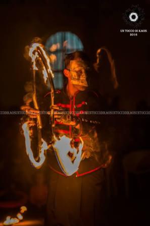 fire jugglers sardinia italy (4)