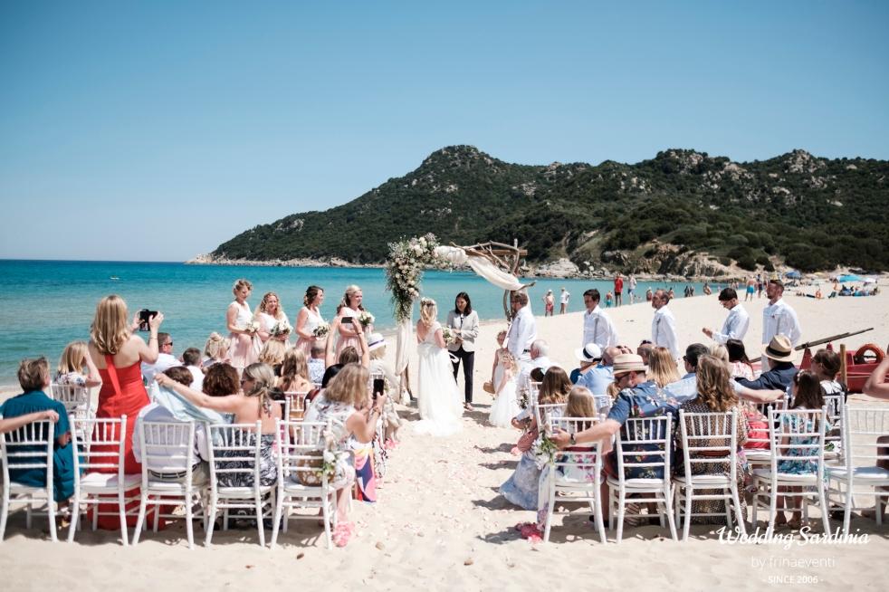 beach wedding in Italy
